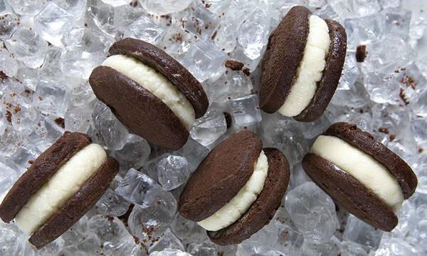 Σάντουιτς με σπιτικό παγωτό βανίλια - Φτιάξτε το σήμερα κιόλας