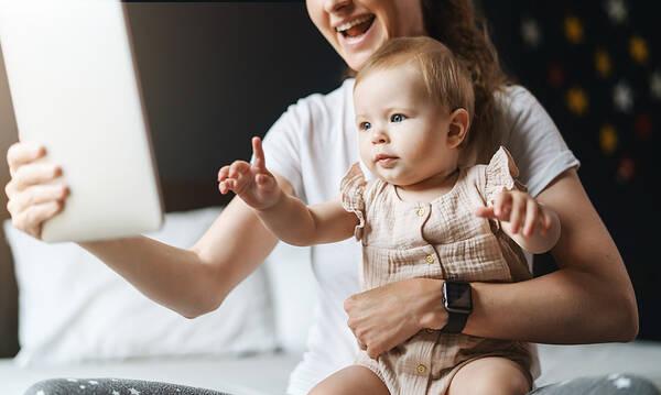 Αυτά τα TikTok δείχνουν τι σημαίνει στην κυριολεξία μητρότητα