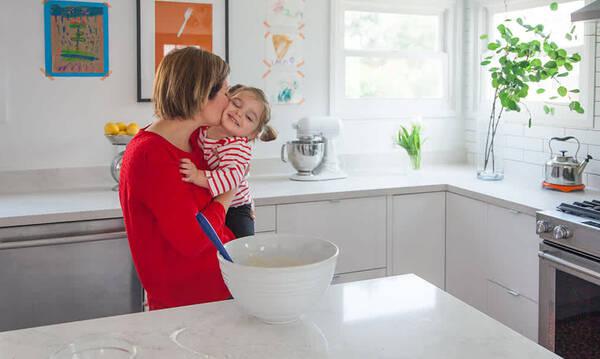 Μια μαμά άλλαξε την κουζίνα της και άλλαξε η ζωή της