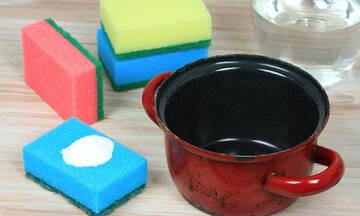 Tips για μαμάδες: Πώς θα καθαρίσετε εύκολα την καμένη κατσαρόλα