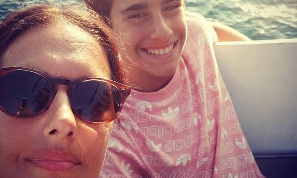 Νόνη Δούνια: Ο 16χρονος γιος της την έφτασε στο ύψος (pics)