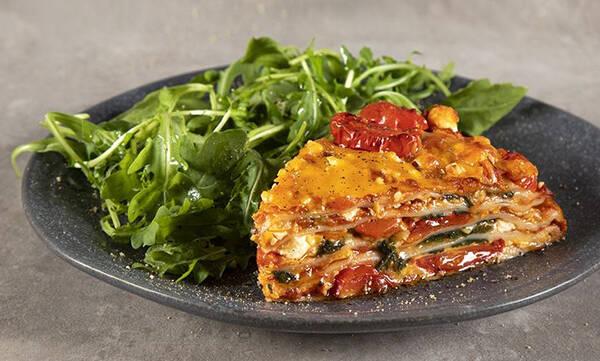 Πίτσα με τορτίγιες - Φτιάξτε την σήμερα κιόλας