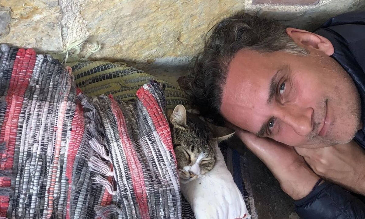 Νίκος Ψαρράς: Δείτε πόσο έχει μεγαλώσει ο γιος του (εικόνες)