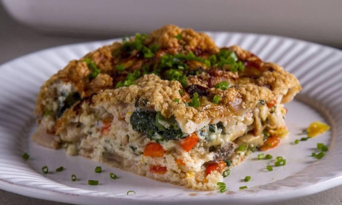 Ομελέτα φούρνου με ασπράδια και λαχανικά - Νόστιμη και πολύ υγιεινή