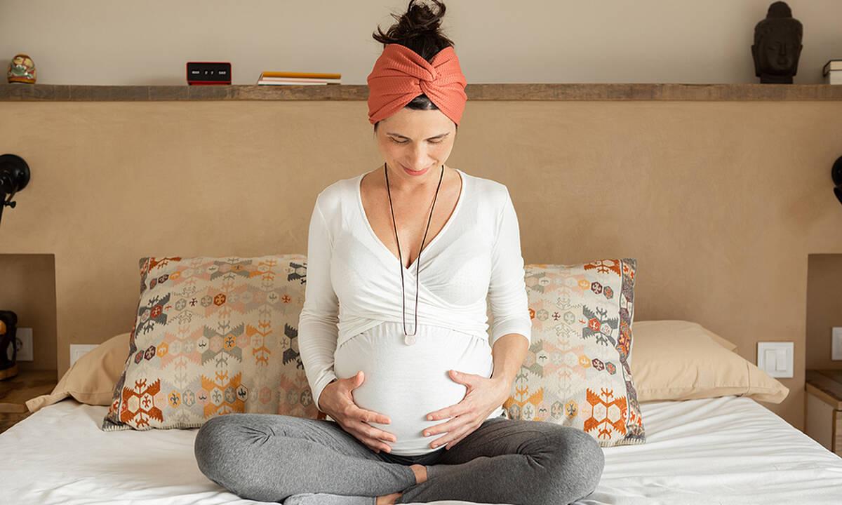 Ποια είναι η δόση φυλλικού οξέος που συνιστάται να λαμβάνει η έγκυος;