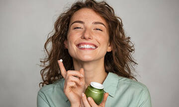Tips για μαμάδες: Σπιτική κρέμα προσώπου για ρυτίδες