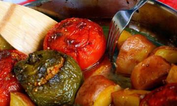 Καλοκαιρινή συνταγή: Πεντανόστιμα κι εύκολα γεμιστά με κινόα