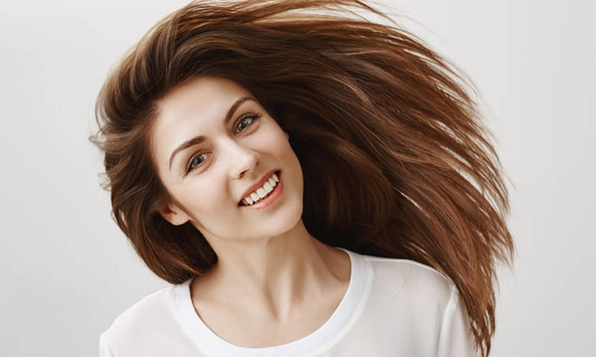 Πώς το αβοκάντο και η αλόη θα κάνουν τη διαφορά στα μαλλιά σου