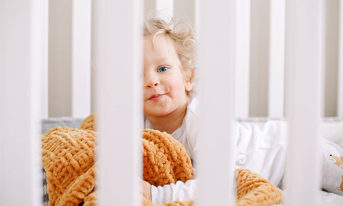 Σε ποια ηλικία το παιδί πάει στο παιδικό κρεβάτι