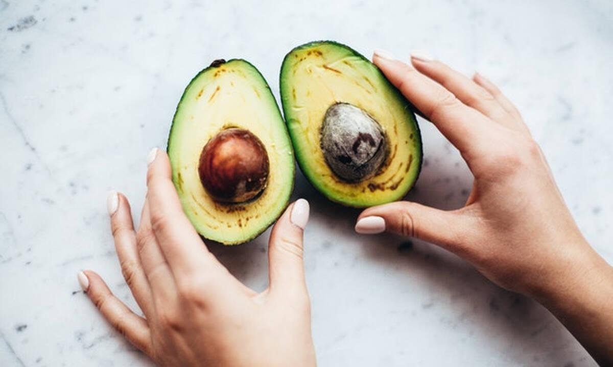 Μαμά και διατροφή: Εννέα αντιγηραντικές τροφές και τα οφέλη τους