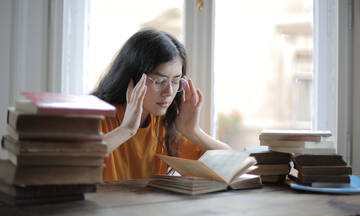 Πανελλήνιες: Τι να μη λέτε στα παιδιά σας κατά τη διάρκεια των εξετάσεων