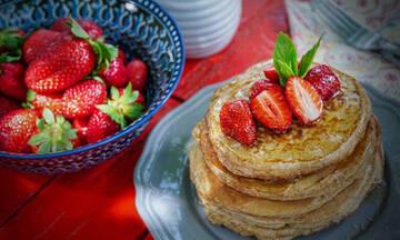 Τι μπορούν να τρώνε για πρωινό οι μαθητές που δίνουν εξετάσεις: 5+1 συνταγές