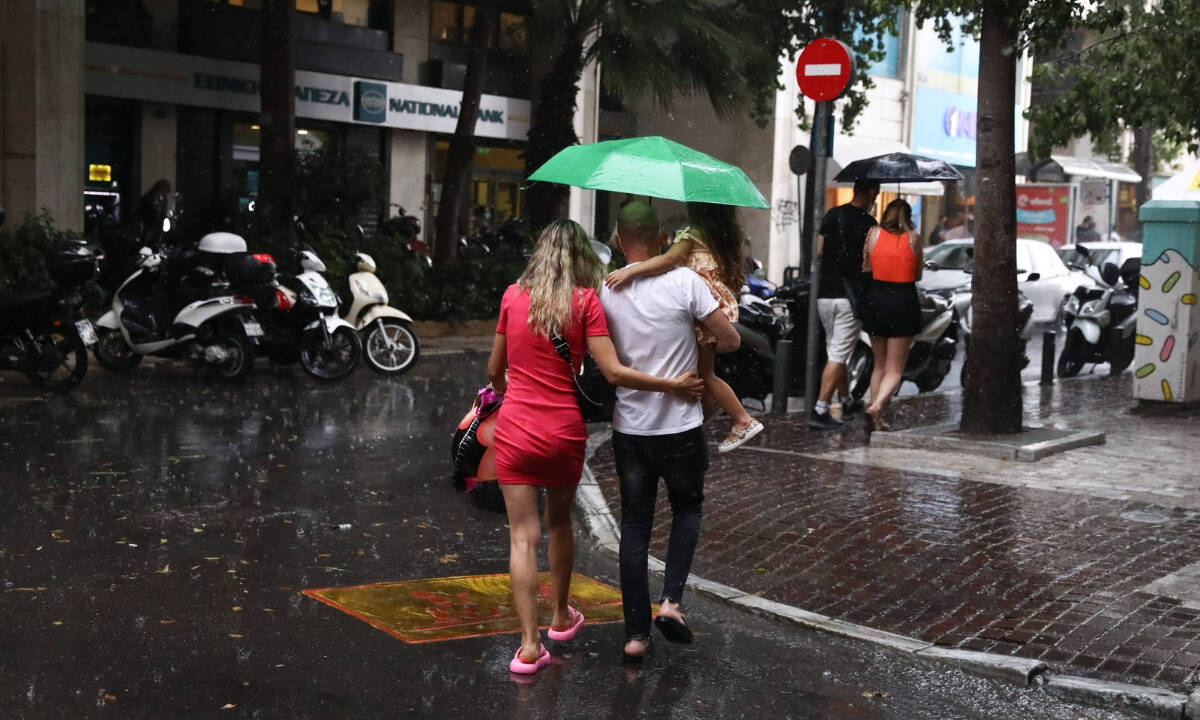 Καιρός: Αστάθεια για 12η συνεχόμενη ημέρα – Πού θα σημειωθούν βροχές και καταιγίδες