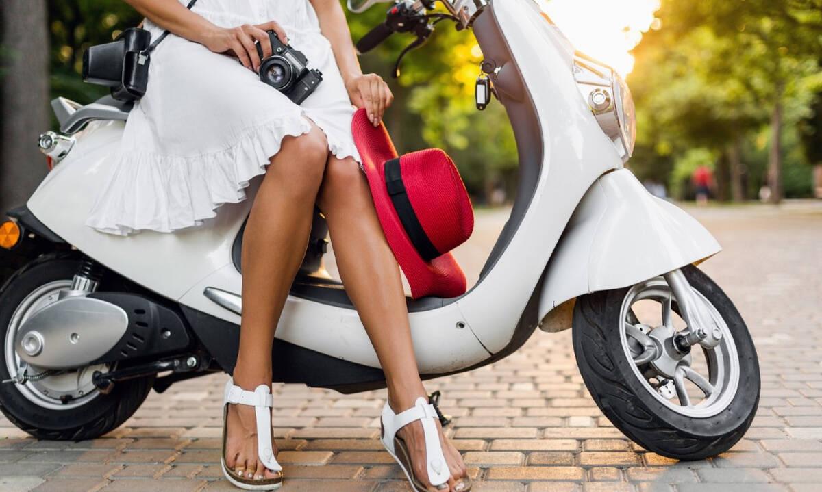 Μοντέρνα φορέματα για τις ζεστές ημέρες - Τι αξίζει να φορέσουμε αυτό το καλοκαίρι;