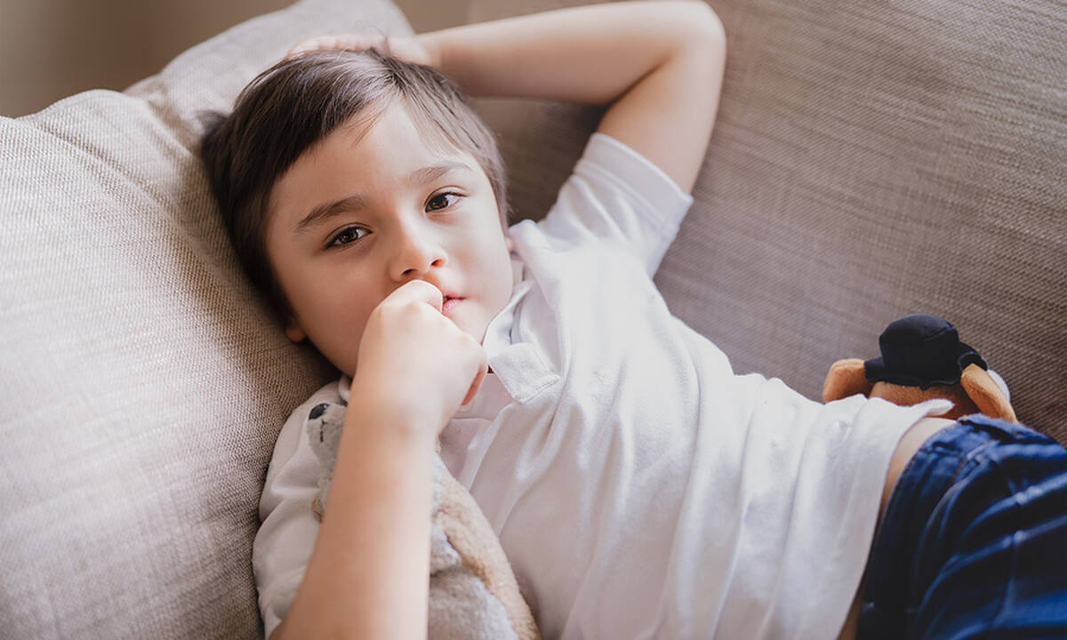 Το παιδί τρώει τα νύχια του; Εύκολα tips για να σταματήσει αυτή τη συνήθεια