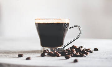 Tips για μαμάδες: Επτά χρήσεις του καφέ που δε γνωρίζατε μέχρι σήμερα