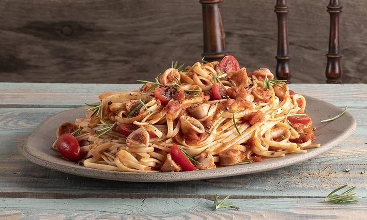Λιγκουίνι με καλαμαράκια - Μία εύκολη, καλοκαιρινή συνταγή