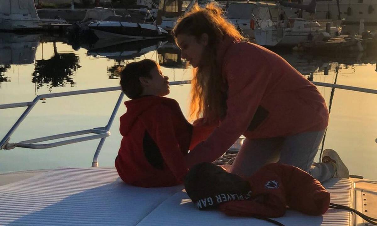 Σύλβια Δεληκούρα : Σπάνια φωτογραφία με τον γιο της