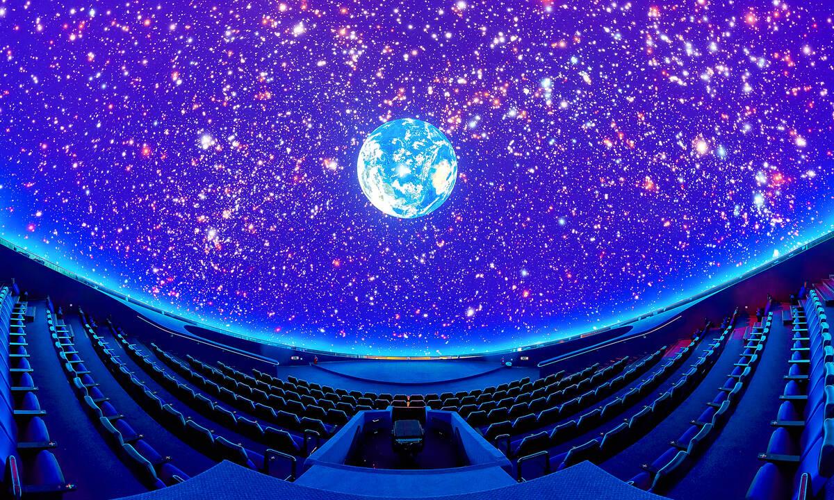 «Eπιστροφή στο μέλλον» αυτό τον Ιούλιο στο Νέο Ψηφιακό Πλανητάριο  του Ιδρύματος Ευγενίδου