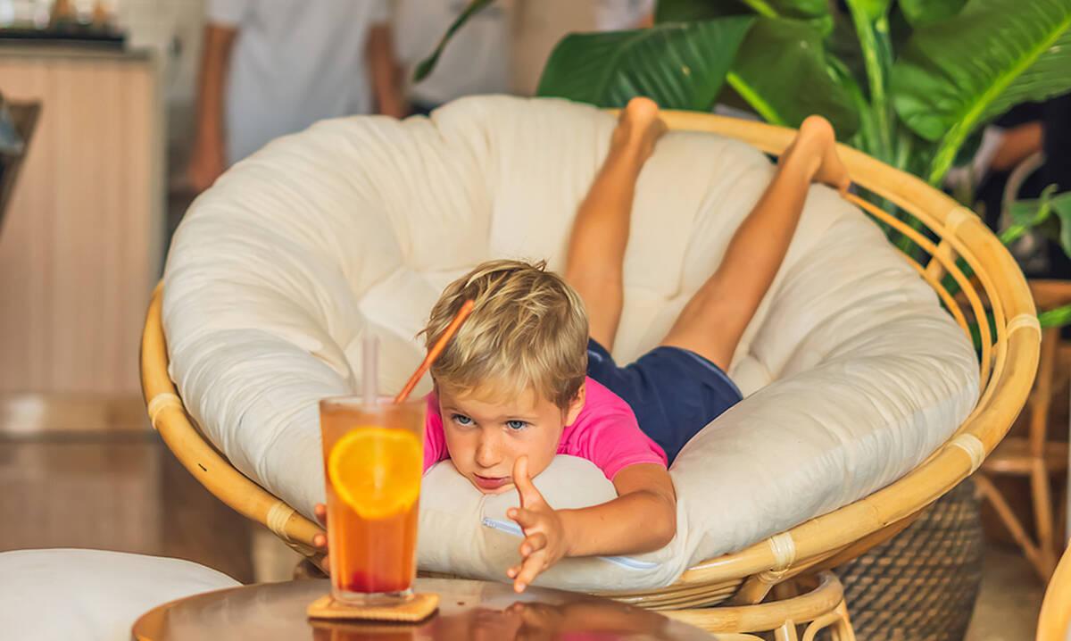 Ice tea λεμόνι - Φτιάξτε το μαζί με τα παιδιά σας