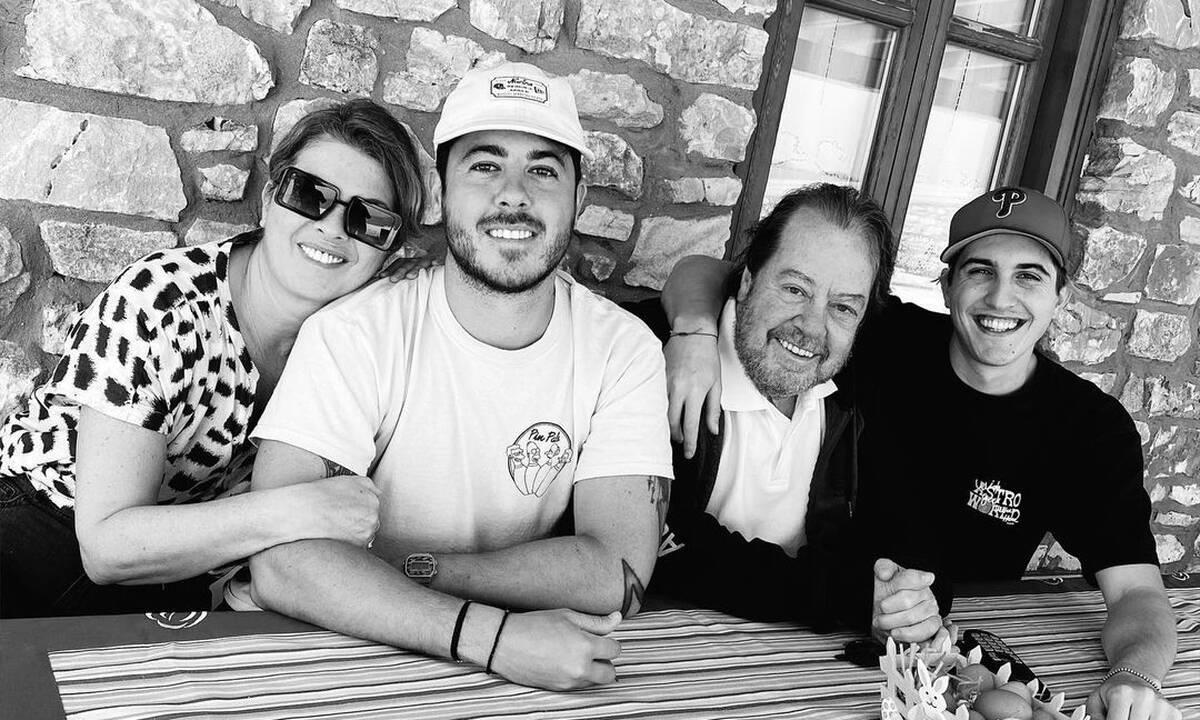 Γιάννης Πάριος: Ξέγνοιαστες οικογενειακές στιγμές με τον γιο του Μιχαήλ