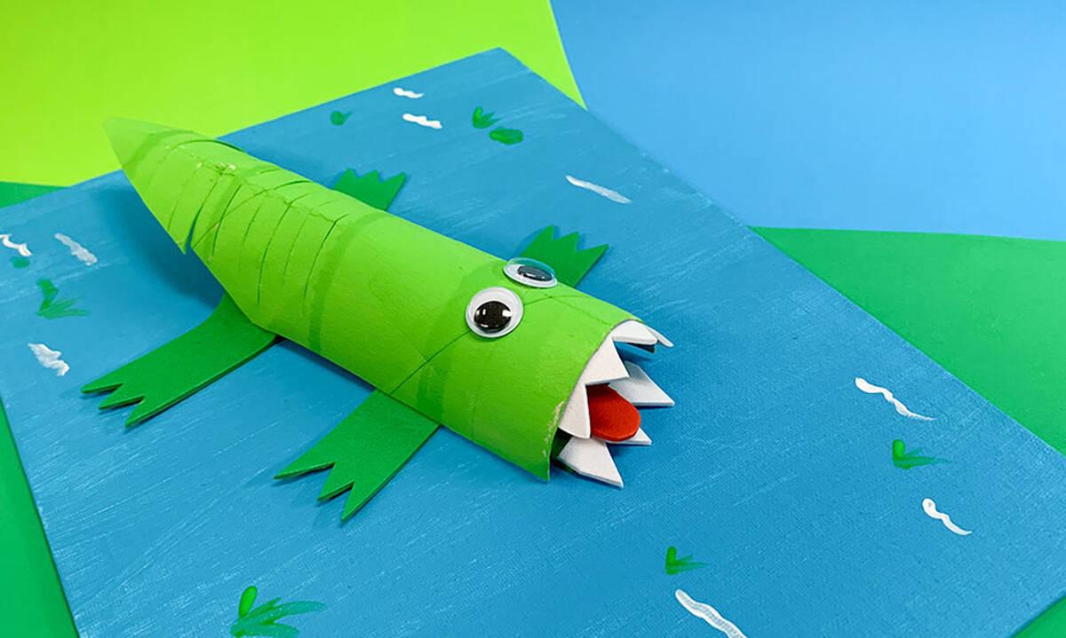 Χειροτεχνίες για παιδιά: Φτιάξτε ένα κροκοδειλάκι μέσα στο νερό (εικόνες)