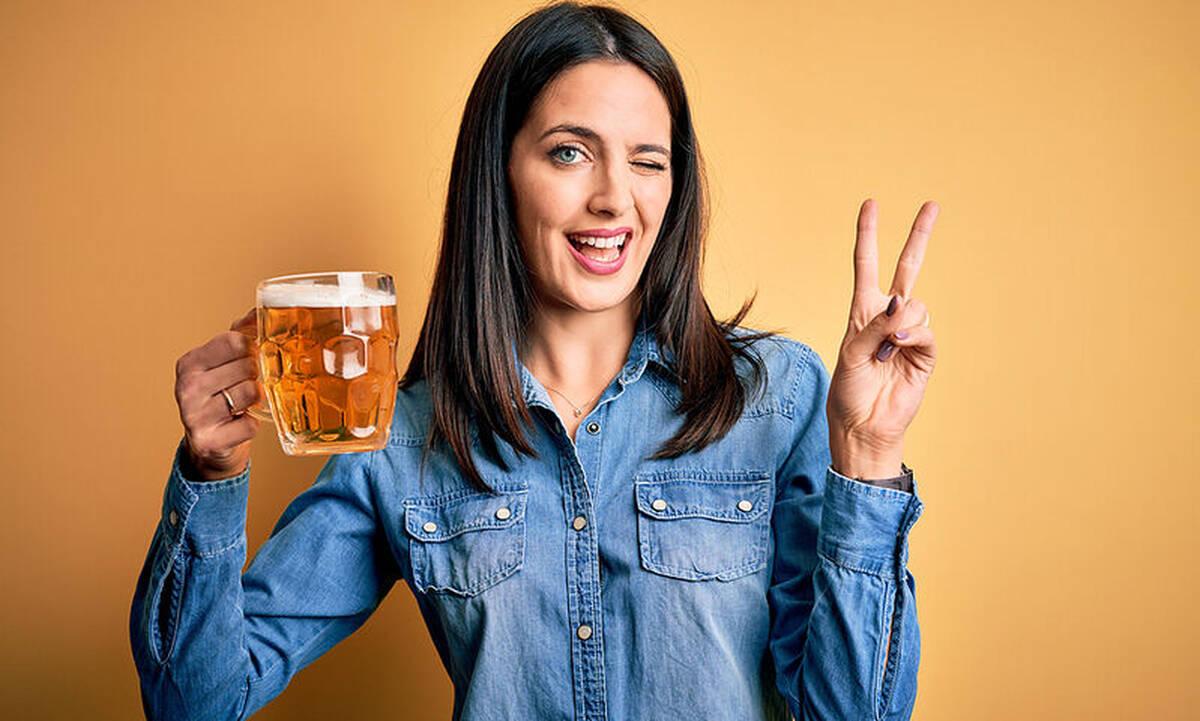 Tips για μαμάδες: Δέκα χρήσεις της μπίρας στο σπίτι εξαιρετικά χρήσιμες
