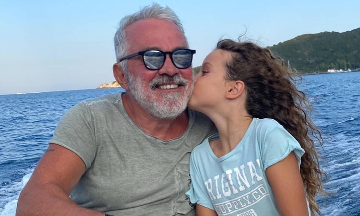 """""""Έρωτας είναι θαρρώ"""" - Η τρυφερή φώτο του Γιώργου Λύρα με την κόρη του"""