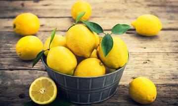 Τips για μαμάδες: Πώς να καθαρίσετε αποτελεσματικά το φούρνο με λεμόνι