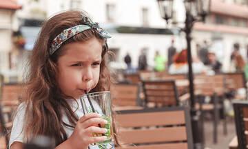 Φτιάξτε νόστιμο και τέλειο τσάι ροδάκινο για εσάς και τα παιδιά σας
