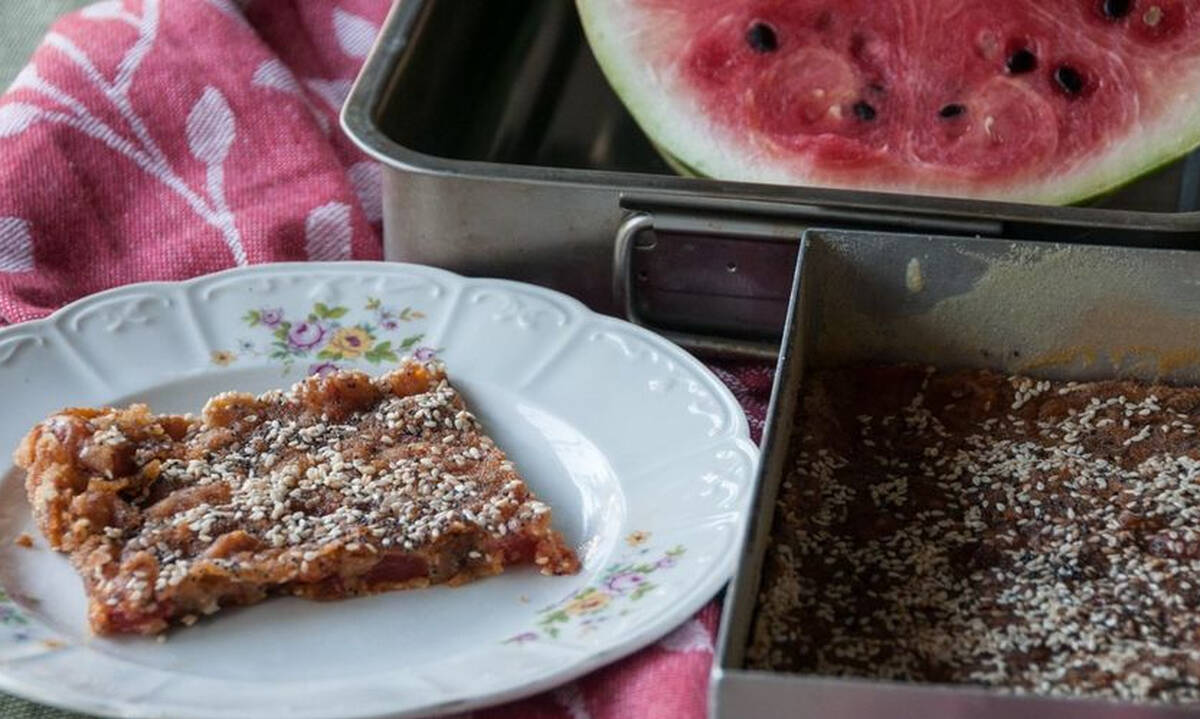 Καρπουζόπιτα - Μία ιδιαίτερη πίτα δροσερή και πεντανόστιμη