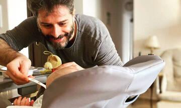 Αλέξανδρος Μπουρδούμης: Τον εκτόπισε ο γιος του από το κρεβάτι - Δείτε φώτο