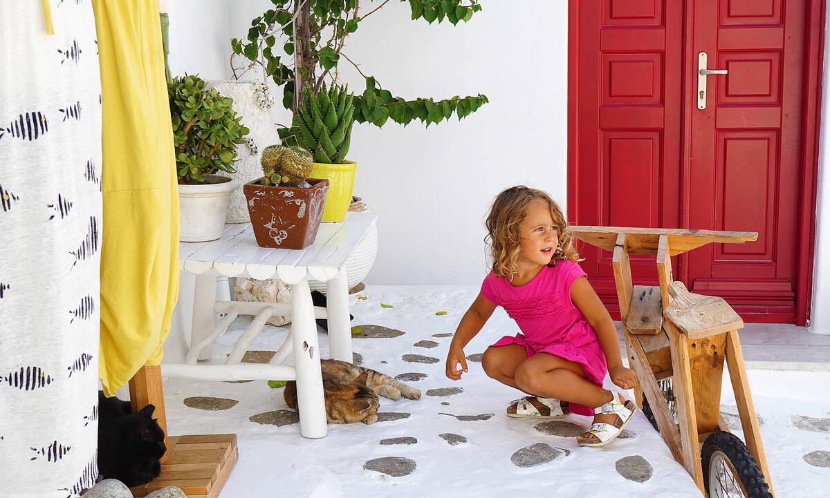 Καλοκαίρια στο χωριό: Οι καλύτερες αναμνήσεις των παιδικών μας χρόνων