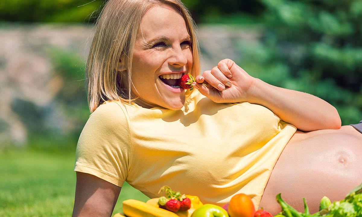 Πέντε τροφές για καλή ενυδάτωση στην εγκυμοσύνη