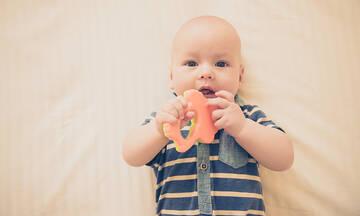 Μασητικά παιχνίδια: Πώς θα επιλέξετε το καταλληλότερο για το μωρό σας