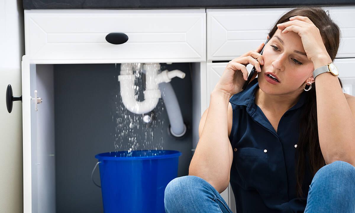 Τips για μαμάδες: Πέντε τρόποι να ξεβουλώσετε το νεροχύτη της κουζίνας