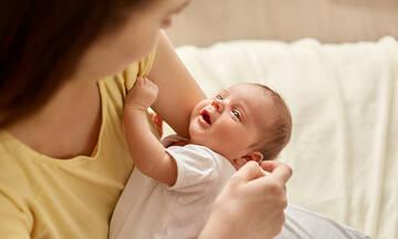 Πώς η οπτική επαφή με το μωρό συμβάλλει στην ανάπτυξή του;