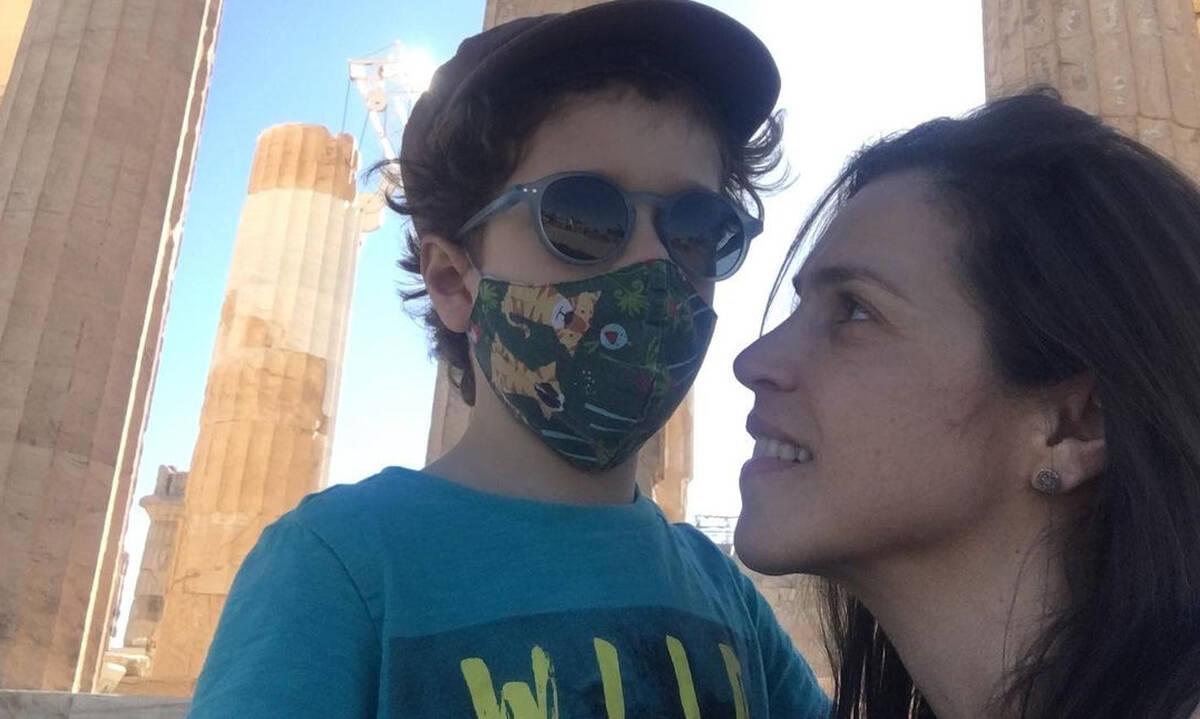 Αντιγόνη Δρακουλάκη: Με τον γιο της στο Ηρώδειο -Τι φόρεσε ο μικρός