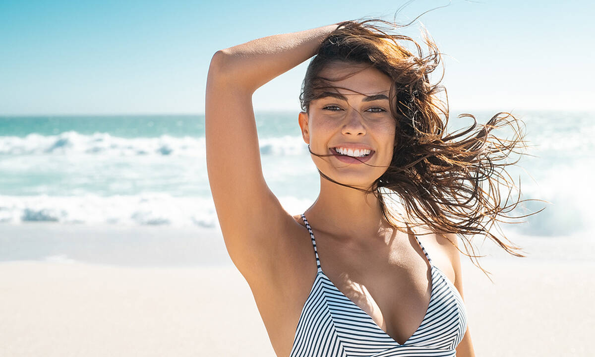 Tips για μαμάδες: Τρεις μάσκες ενυδάτωσης μαλλιών για το καλοκαίρι