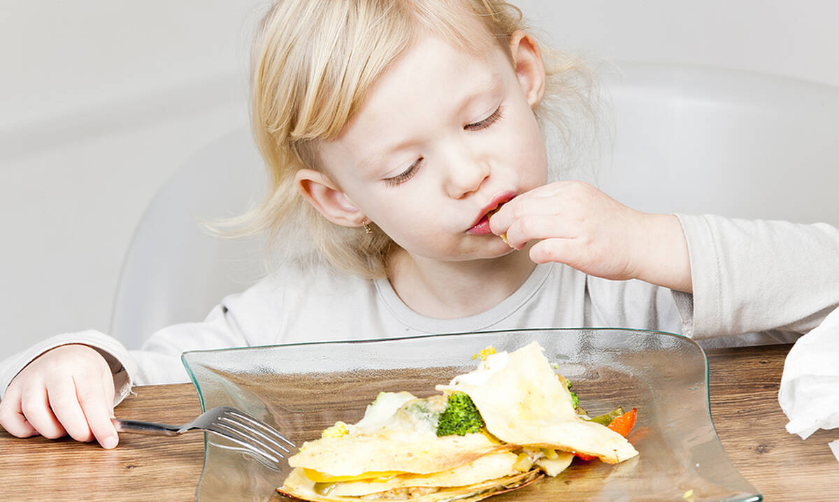 Φτιάξτε quesadillas για τα παιδιά μέσα σε 4 λεπτά (βίντεο)