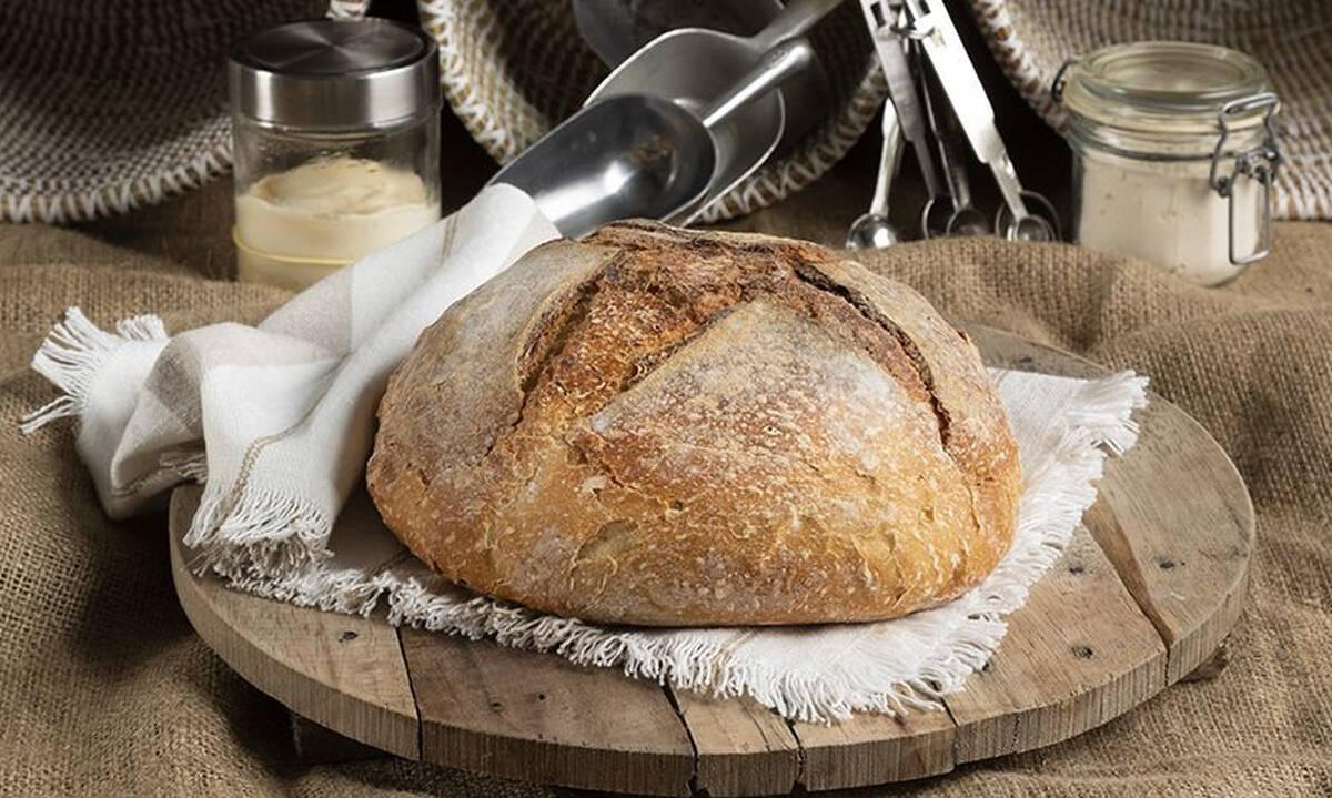 Σπιτικό ψωμί με γρήγορο προζύμι