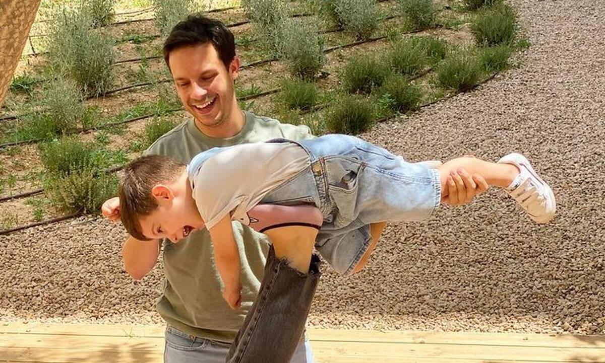 Δημήτρης Μακαλιάς: Η selfie με τον γιο του και το μήνυμα