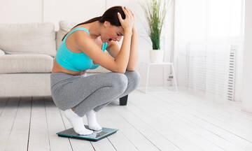 Tips για μαμάδες: Τρία λάθη που κάνετε όταν ζυγίζεστε