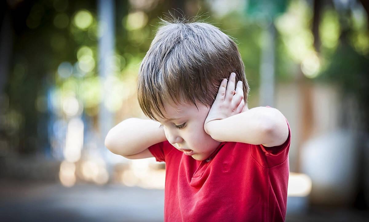 Όταν το παιδί έχει ευαισθησία στους έντονους ήχους - Πώς να το βοηθήσετε