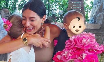 Φλορίντα Πετρουτσέλι: Δημοσίευσε την πιο όμορφη φώτο με τα δύο παιδιά της