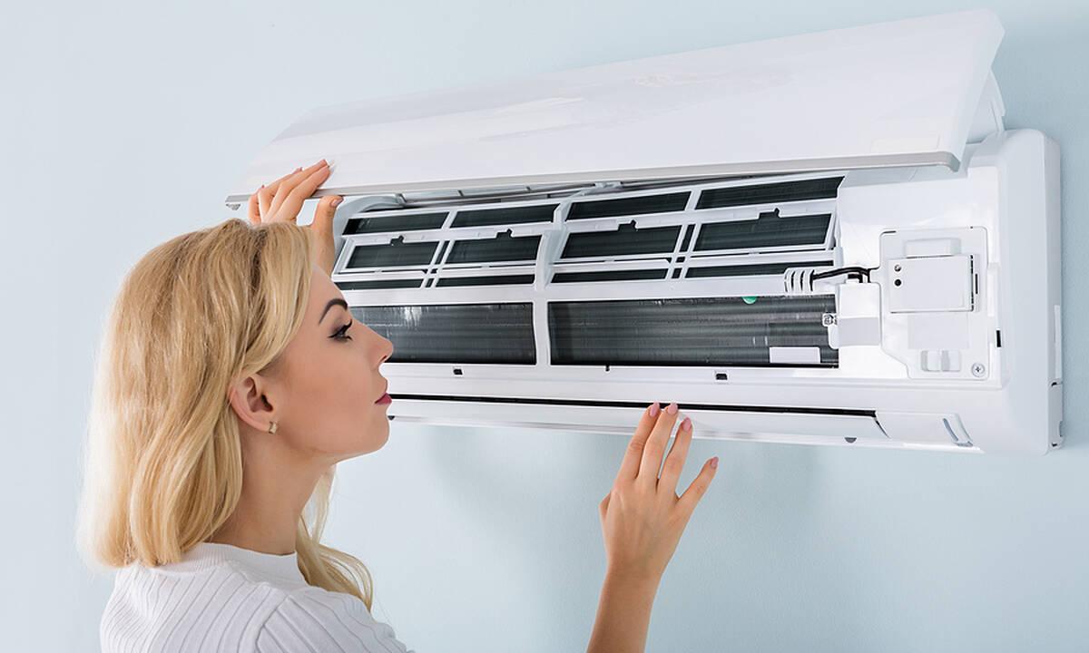 Tips για μαμάδες: Πώς να καθαρίσετε τα φίλτρα του κλιματιστικού στο σπίτι