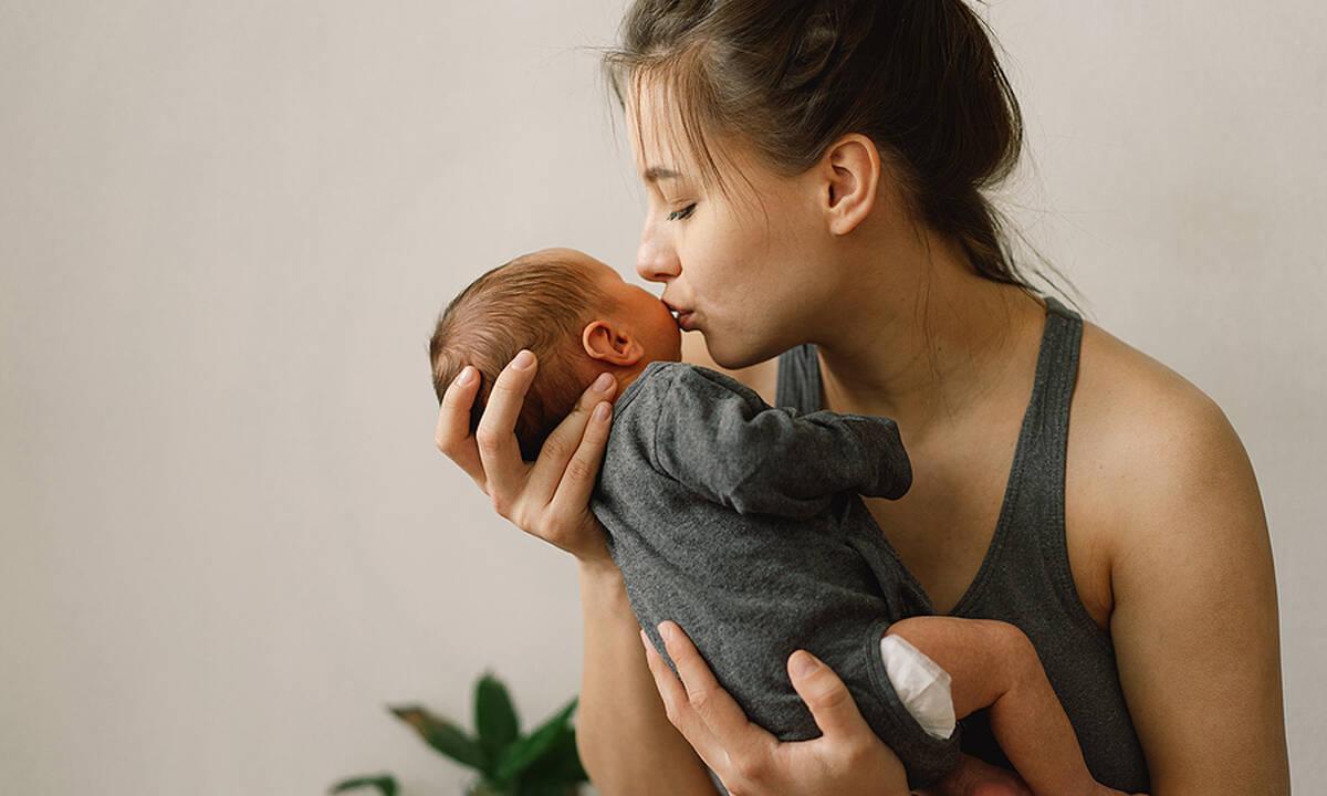 Πώς θα προσαρμοστούμε ψυχολογικά στη ζωή με ένα νεογέννητο;