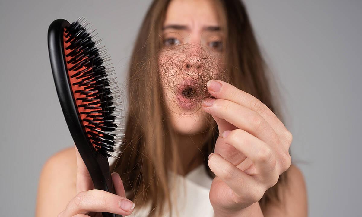 Επιλόχεια τριχόπτωση: Πώς θα φροντίσετε τα μαλλιά μετά τον τοκετό