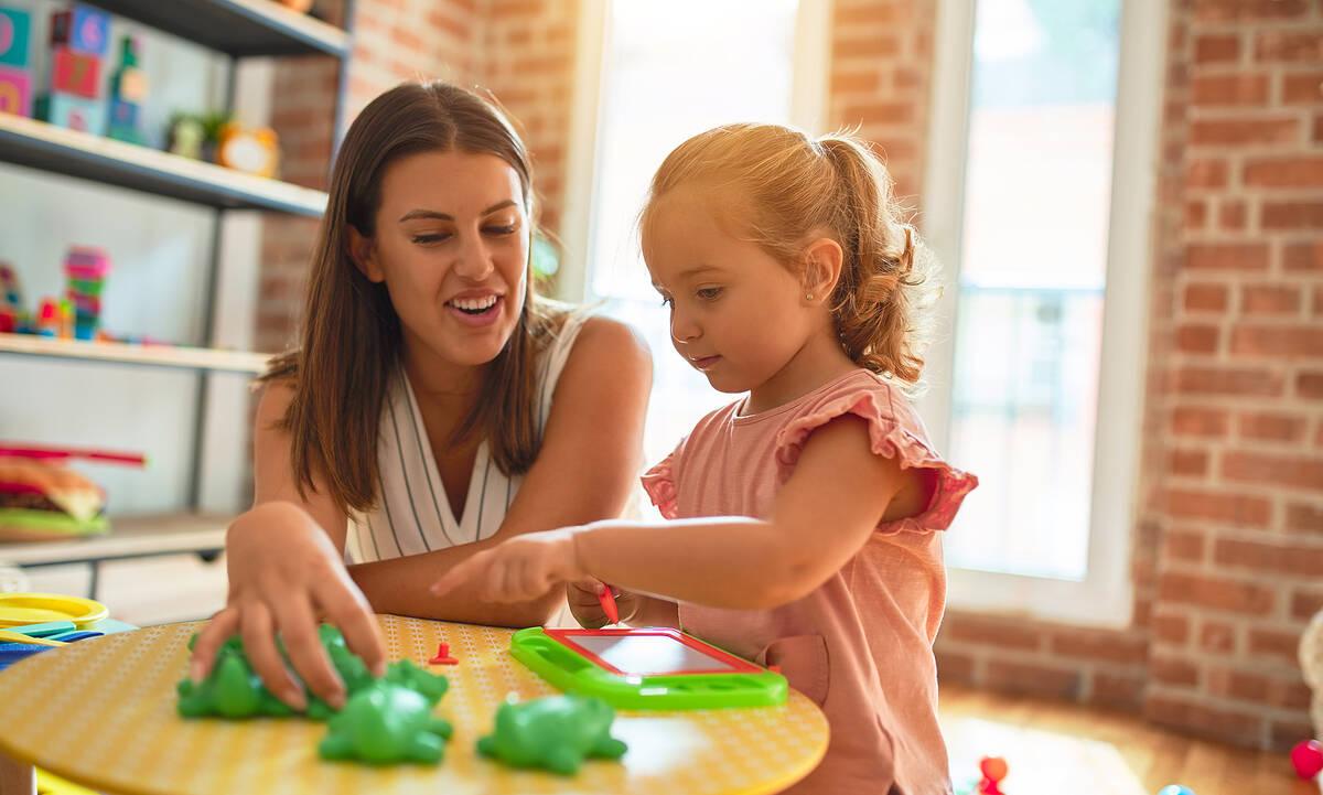 Πρώτη φορά στην παιδικό σταθμό: Τι να κάνετε σαν γονείς πριν την προσαρμογή