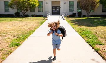 Πώς θα επιστρέψει ένα παιδί στο σχολείο με προσμονή και θετική διάθεση
